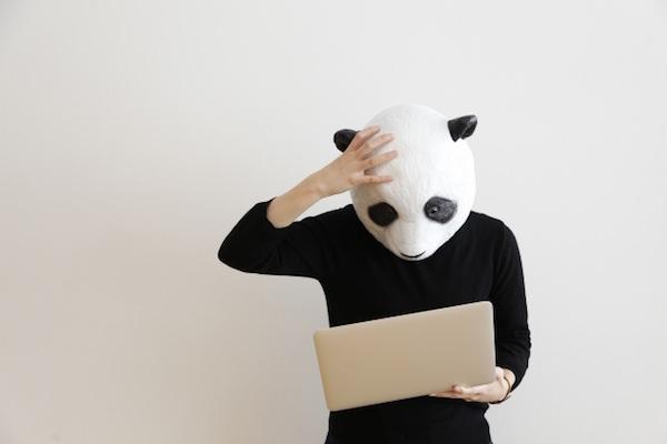 ミスに気づいたパンダさん